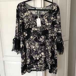NWT ROSE & OLIVE Black/Off White Floral Top sz 3X